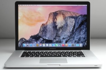 "Apple MacBook Pro A1286 15.4"" Laptop (Intel Core I7 2Ghz, 500GB Hard Drive, 4096Mb RAM, DVDRW Drive, OS X 10.6.6)"