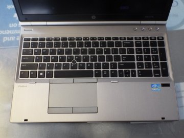 "HP EliteBook 8570p 15,6"" HD Intel Core i5 3340M,  8GB RAM, HDD 512 SSD -WINDOWS 7 PRO O 10"